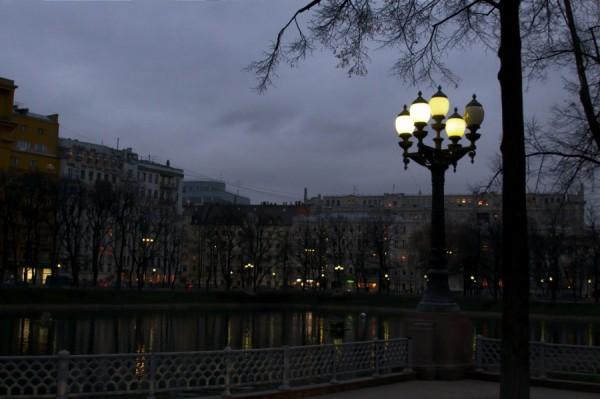 Вечер на Патриарших прудах