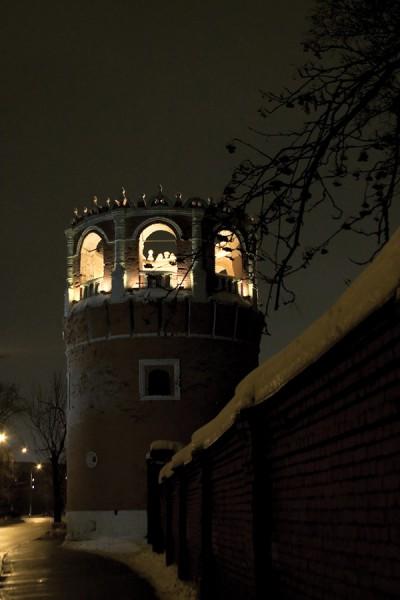 Западная стена Донского монастыря (круглая башня)