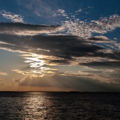 Гроза прошла. Волжское море вблизи Дубны